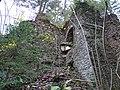 Burg Neu-Leonroth Torrampe 1.jpg