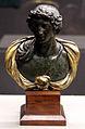 Busto di alessandro magno, opera antica con drappo in bronzo dorato moderno.JPG