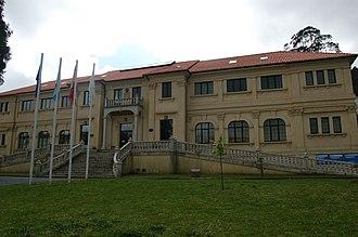 Corcubión - Image: Casa consistorial de Corcubión