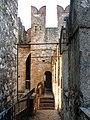 Castello Scaligero di Sirmione, spalti.jpg