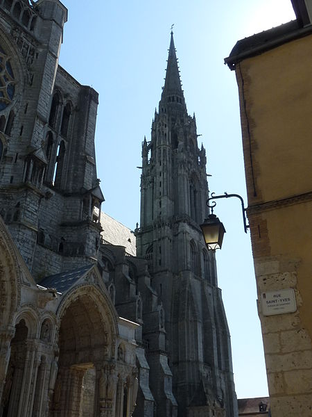 fichier cath drale de chartres tour nord vue de la rue saint wikip dia. Black Bedroom Furniture Sets. Home Design Ideas