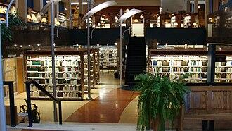 Cégep de Chicoutimi - Library