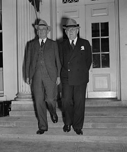 Charles Merriam and Louis Brownlow - White House - 1938-09-23.jpg