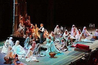 Chorégies d'Orange 2008 Faust 04.jpg
