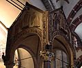 Ciborio di sant'ambrogio, con stucchi del IX secolo, 01.jpg