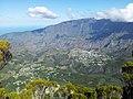 Cilaos depuis le Bloc - panoramio.jpg