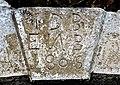 Clé de linteau datée de 1805.jpg