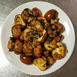 Cooked champignon mushroom