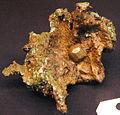 Copper crystal in copper mass (Mesoproterozoic, 1.05-1.06 Ga; Ahmeek, Upper Peninsula of Michigan, USA) 3 (17110448199).jpg