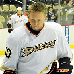 Corey Perry Ducks 2012-02-15.JPG
