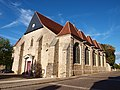 Courtenay-FR-45-église-extérieur-03.jpg