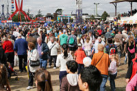Crowds - melbourne show 2005.jpg