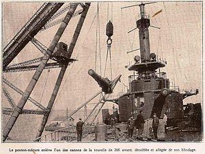 Cuirasse Mirabeau en reparation a Sebastopol en 1919.jpg