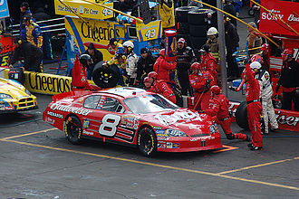 Dale Earnhardt Jr. - Earnhardt in the pits at the spring 2006 Bristol race