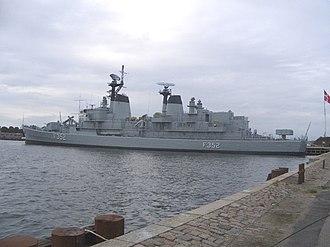 HDMS Peder Skram (F352) - Image: Danish ship Peder Skran