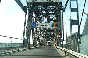 Danube Bridge - Image: Danube Bridge border crossing