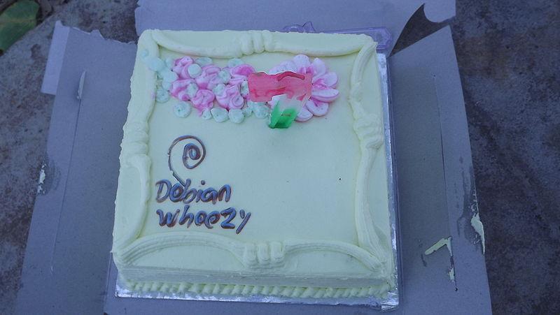 File:Debian release party cake.JPG