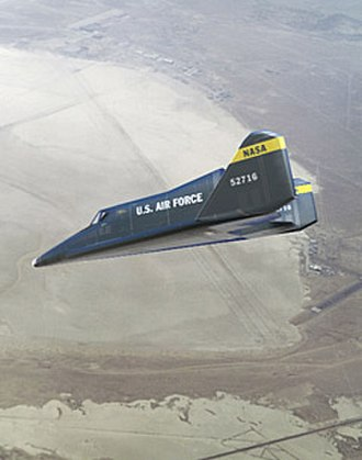 Boeing X-20 Dyna-Soar - Artist's impression of the X-20 on landing approach at Edwards Air Force Base