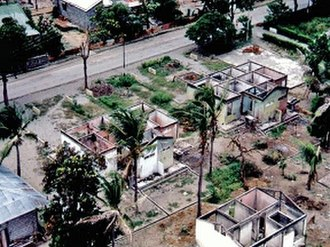 1999 East Timorese crisis - Destroyed houses in Dili