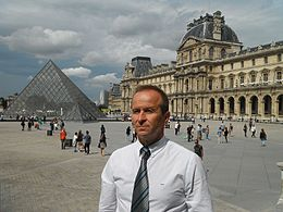 Dragan Djokanovic in Paris.jpg