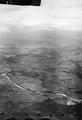 ETH-BIB-Tiefebene von Barcelona mit Pyrenäen von S. aus 2000 m Höhe-Mittelmeerflug 1928-LBS MH02-05-0007.tif