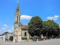Eglise de la Sainte Trinité de Haroué.jpg