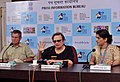 Eminent film maker Agnieszka Holland and Cinematographer Jacek Petrycki addressing a Press conference, at the 44th India International Film Festival of India (IFFI-2013), in Panaji, Goa on November 23, 2013.jpg