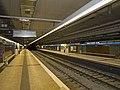 Entença station platforms.jpg