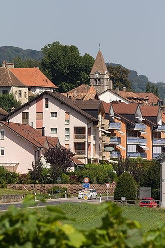 Bursins - Image: Entrée de Bursins (Suisse) par la route de l'Etraz