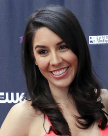 height Erika de la Cruz