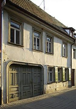 Erlangen Kuttlerstraße 1 001.JPG