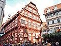"""Esslinger Mittelaltermarkt ^ Weihnachtsmarkt, Blick auf das """"Alte Rathaus"""" - panoramio.jpg"""