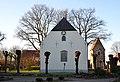 Ev. Dreikönigskirche und Glockenturm, Bramel (Schiffdorf).jpg