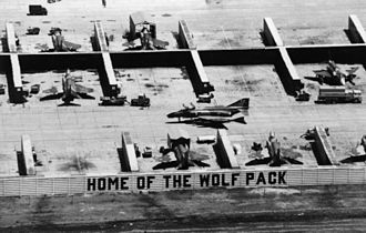 Revetment (aircraft) - USAF F-4D Phantom II fighters in their revetments at Ubon Royal Thai Air Force Base, Thailand, c. 1967