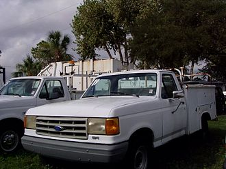 Ford F-Series (eighth generation) - Ford F-250 Utility service truck