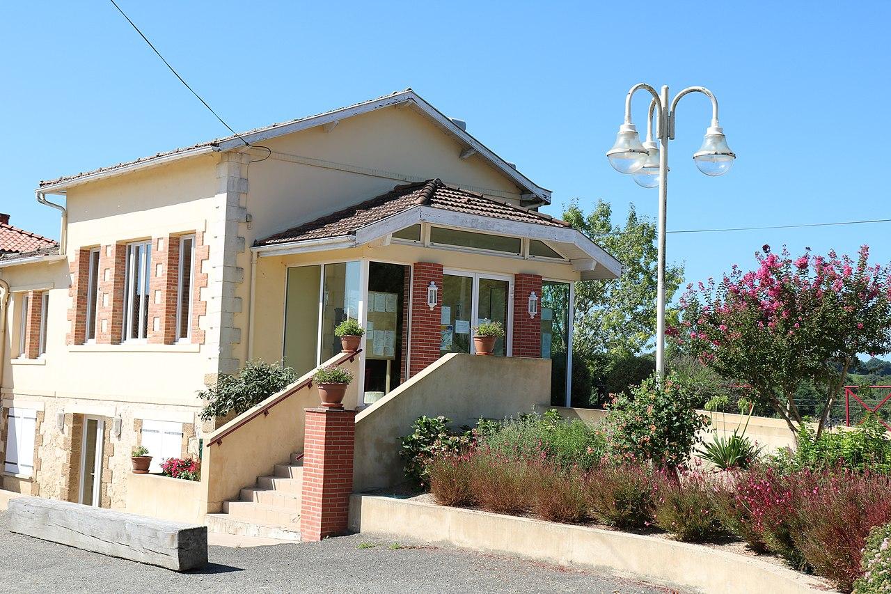 FR32-URGOSSE-Mairie001.jpg