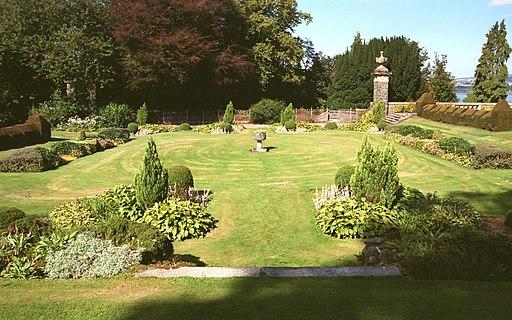 Finlaystone Estate, the Sunken Garden - geograph.org.uk - 2210446