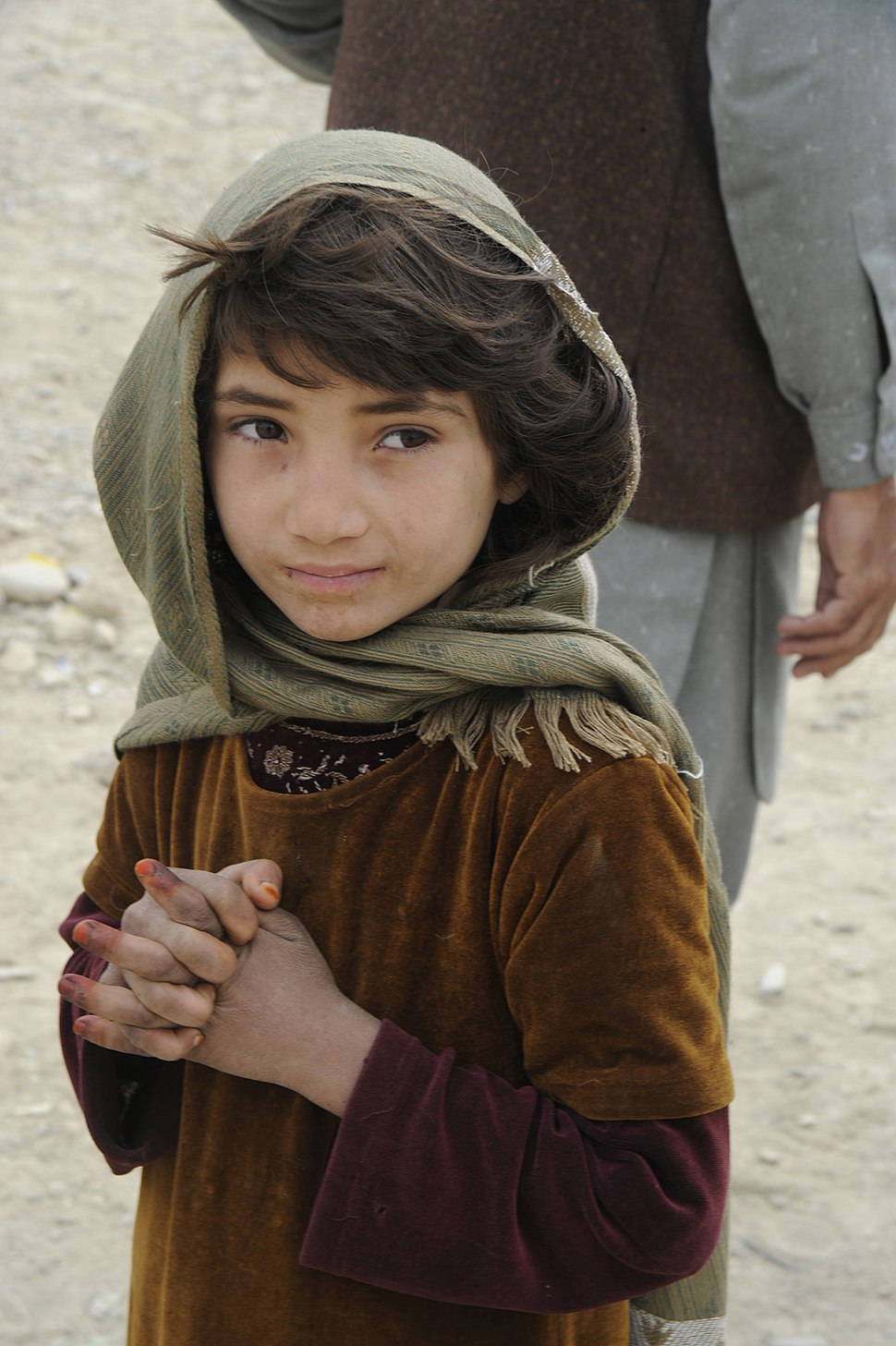 Flickr - DVIDSHUB - PRT donates clothing, blankets to Khowst orphanage (Image 2 of 5)