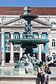 Fontaine Nord place Dom Pedro IV Lisbonne 1.jpg