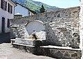 Fontaine de Bun (Hautes-Pyrénées) 1.jpg