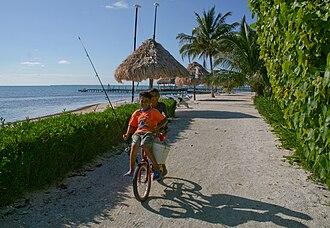 Hispanic Belizean - Image: Fort George's Caye kids