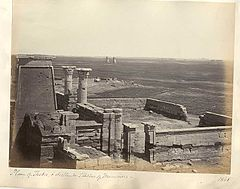 Frith, Francis (1822-1898) - n. 1868 - Plain of Thebes & distant Statues of Memnon.jpg