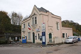 The Malaunay-Le Houlme railway station
