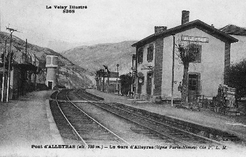 La gare PLM d'Alleyras vers 1930.