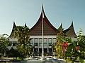 Gedung DPRD di Padang.jpg