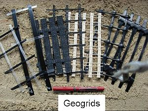 Geogrid - Image: Geogrids 1