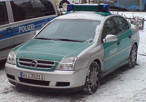 Law enforcement in Germany - Opel Vectra wearing the older green livery (though also already with a silver body).
