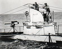 German UBoat U27 Sunk 19 August 1915 with crew.jpg
