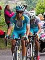 Giro d'Italia 2015, kopgroep aru landa kruiswijk (18125953940) (cropped).jpg