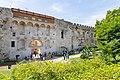 Goldenes Tor Eingang zum Diokletianpalast in Split, Kroatien (48693920812).jpg
